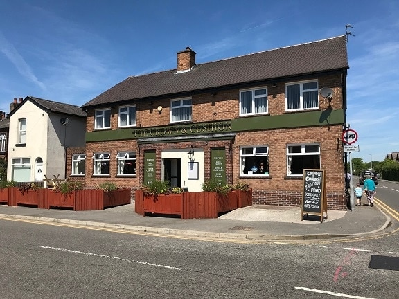 Crown & Cushion Penketh – External Decorations and Various Works