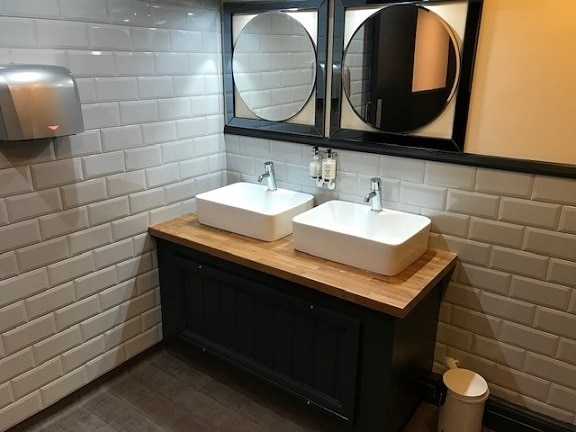 Stork Hotel Thurnham, Conder Green – Toilet Refurbishment