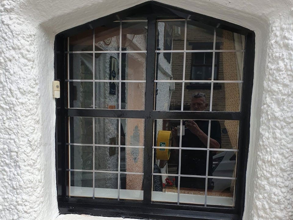Replacement Window for Grade II Listed Building